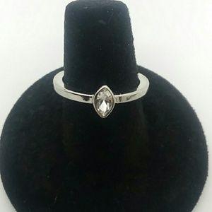 💍Size 7 Silver-Tone Fashion Ring
